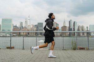 Man doing cardio in city