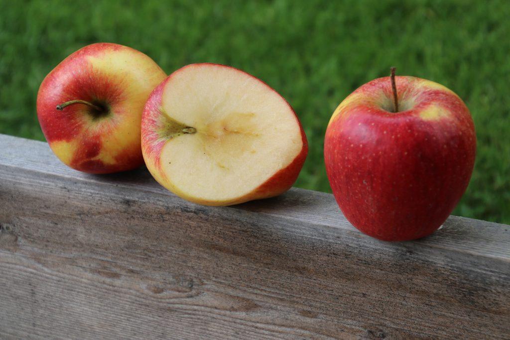 Soluble fiber apples